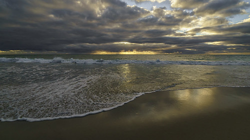 ocean light sunset sea seascape beach water clouds landscape twilight scenery sony scenic australia wideangle perth alpha westernaustralia carlzeiss a99 sal1635z variosonnar163528za slta99 stevekphotography