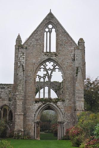 Abadia de Beauport   by Monestirs Puntcat