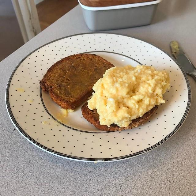 breakfast = yes