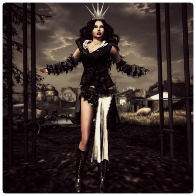 ~ Her Fantasy World ~