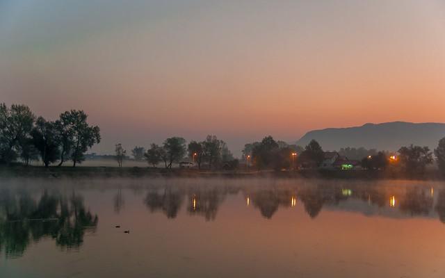 lake Zajarki (002) - foggy morning