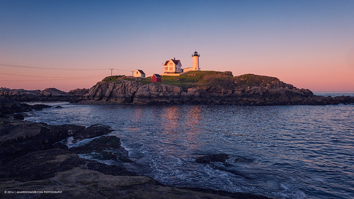 york sunset usa lighthouse seascape coast dusk maine newengland atlanticocean capeneddick nubblepoint verenigdestaten nikkor2470mmf28 nikond800 allardschager