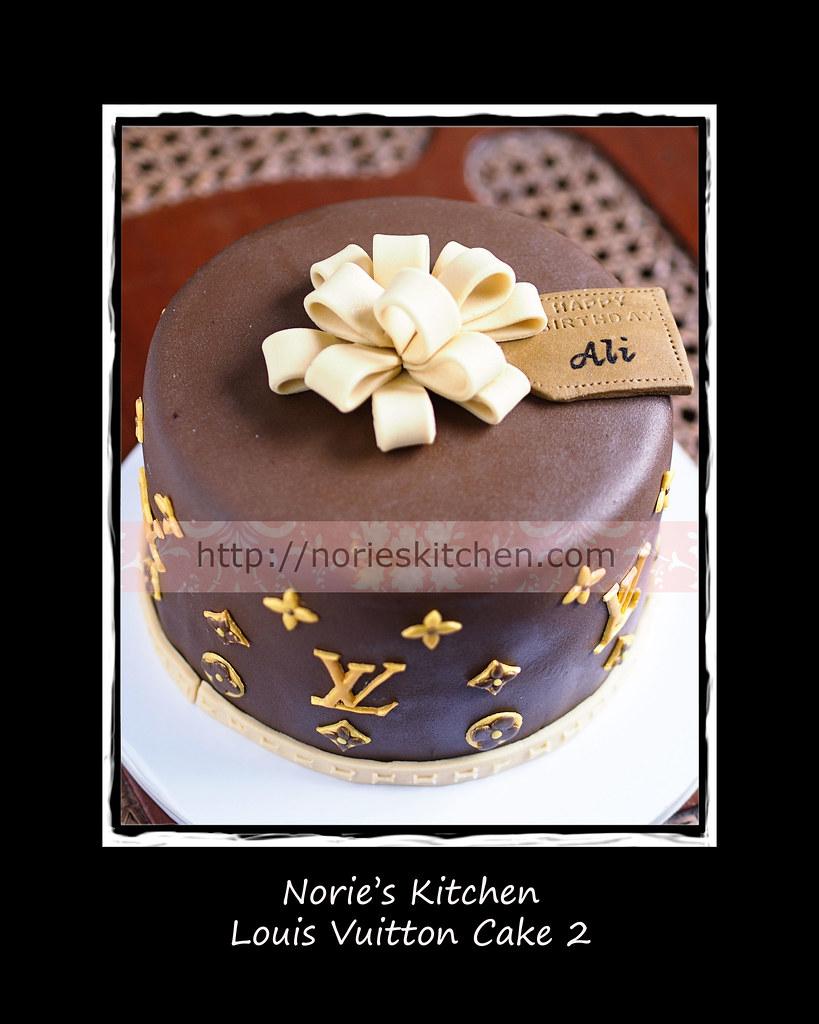 f75f6a479d0 ... Norie s Kitchen - Louis Vuitton Cake 2
