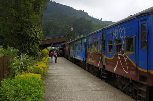 trip railroad winter vacation holiday station train island december january railway sri lanka passenger srilanka ceylon passengertrain haputale