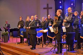 Windcorp Brass Band med dirigent Gary Cutt