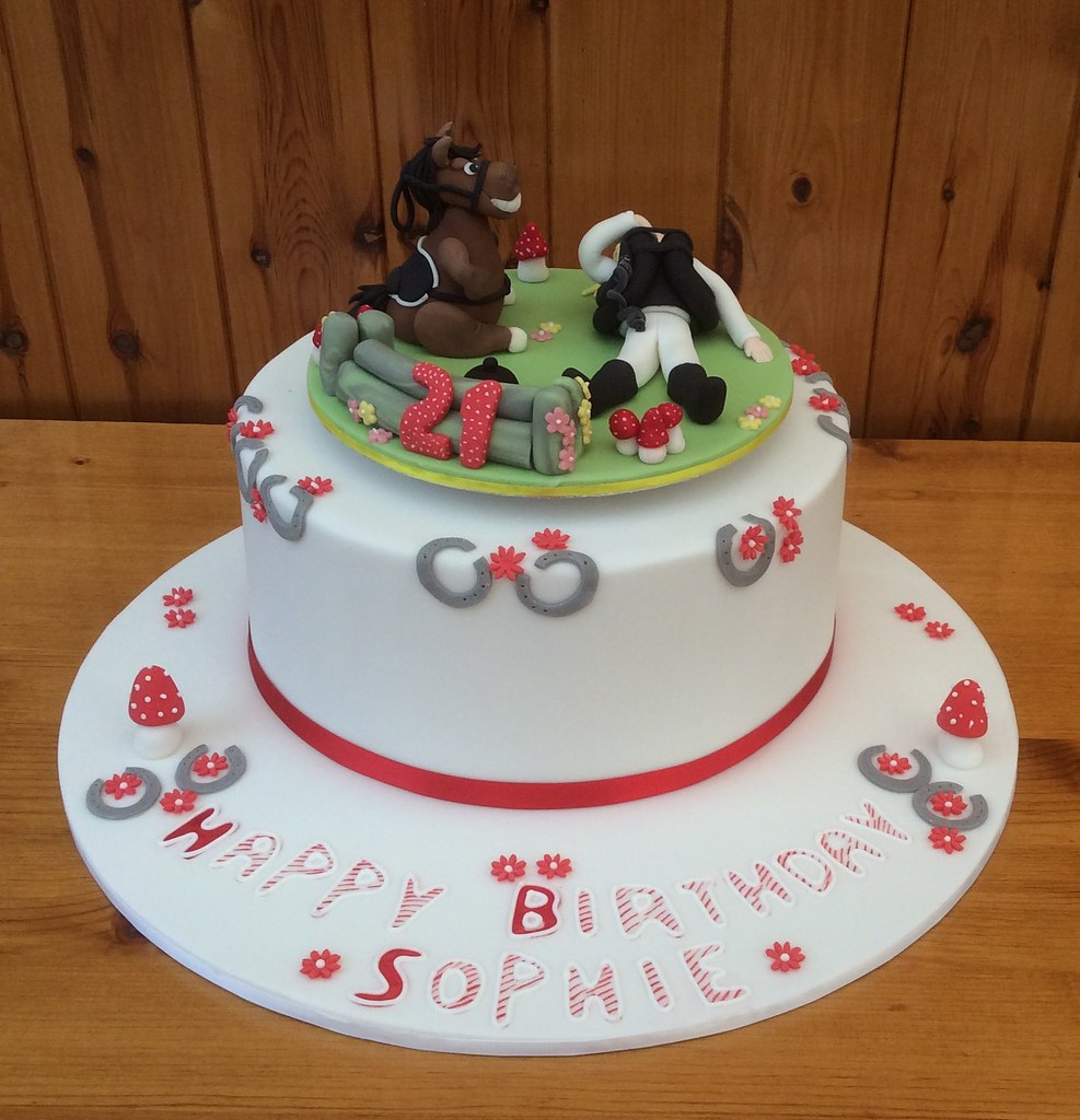 By Rebeccas Tastebuds Sophies 21st Birthday Cake With Sydney The Horse