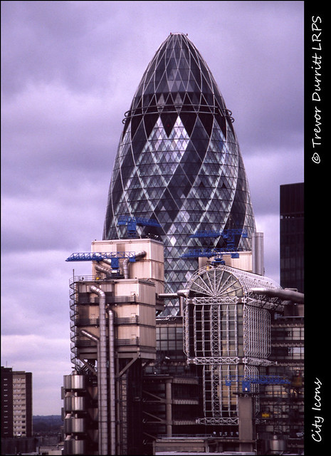 City Icons: 30 St Mary Axe and Lloyd's Building, 2002/03: Baldamatic + Konica VX 200