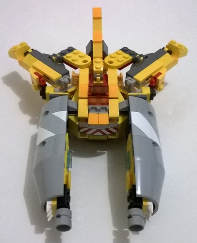 legoformer clashfire (cement mixer + yellow mixels)