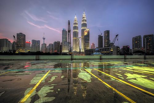 sunset rain malaysia after kuala klcc lumpur