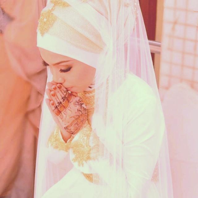 A VERY BEAUTIFUL DUA OF A MUSLIMAH  Oh Allah, grant me a s