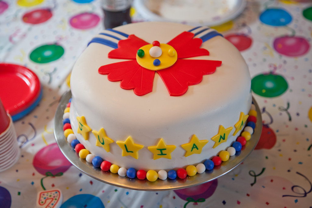 Fabulous Sailor Moon Cake Her Birthday Party With Friends Was Sailo Flickr Personalised Birthday Cards Paralily Jamesorg