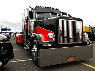 Peterbilt Sits At Englishtown Show