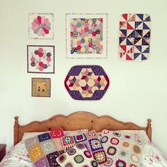 Mini / doll quilt wall