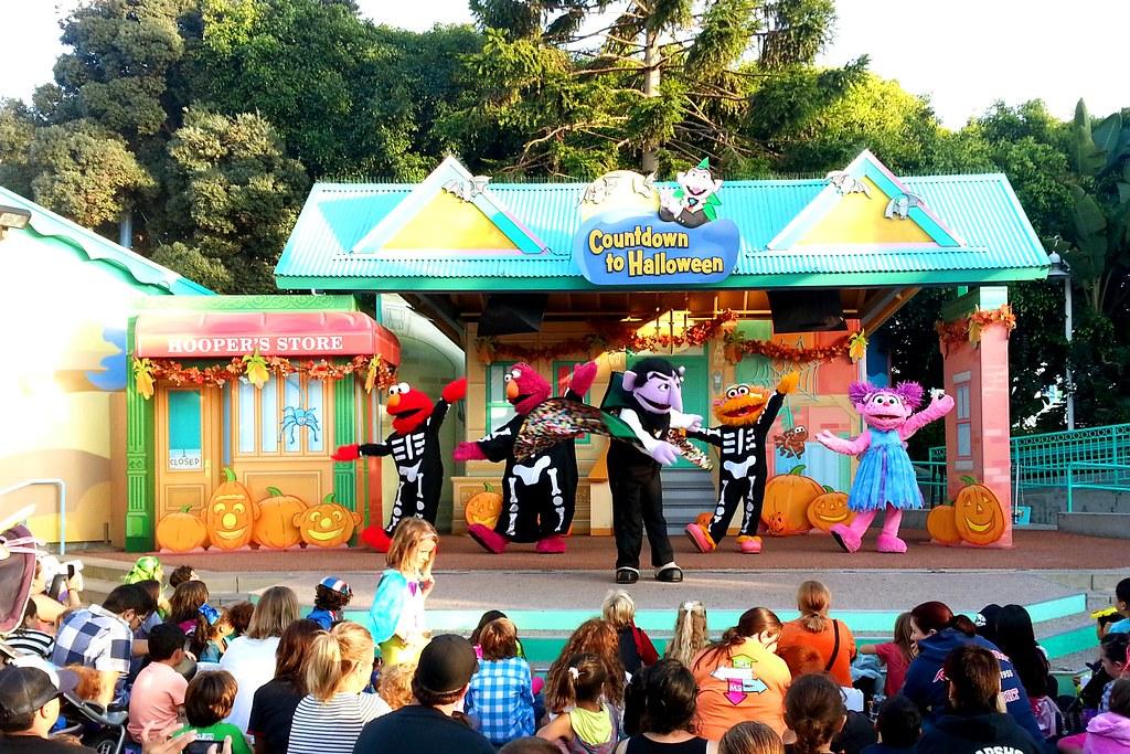 Halloween Spooktacular Seaworld.Elmo Musical Halloween Spooktacular At Seaworld San Diego