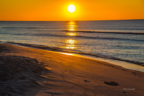 ocean morning orange sun beach water weather sunrise canon golden coast sand waves gulf florida good vibrant sandy shoreline sunny goodmorning pensacola perdido gulfcoast perdidokey johnsonsbeach t5i