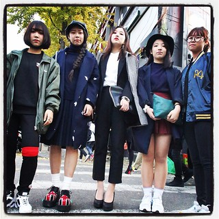 Finished photo class up in the Taco Bell as usual and immediately bumped into the Usual Suspects of Street Fashion, two of whom I shot at SFW. they didn't need to be convinced to strike a pose. | by feetmanseoul