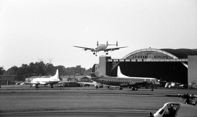 Chicago Midway Airport - TWA - Lockheed Constellation