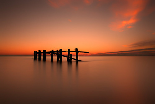 long exposure longexposure le sea ocean landscape seascape sunrise silhouette pier beach coast ontario zeiss canon eos 70d