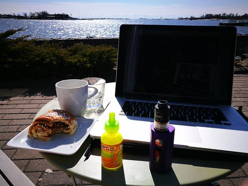 #perfectday for #remotework #remoteoffice I'm so blessed to be living like this thank you ---- ... And many more hashtags... it's not fucking perfect day, it's -1 and my fingers are frozen!!!! Many people write these kind of posts, #coworking from hammock | by woss