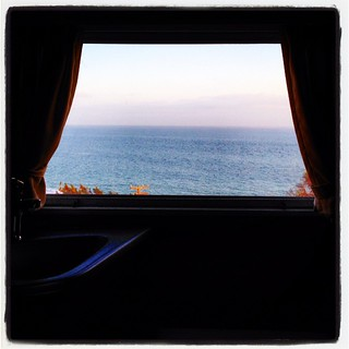 View out the back window. #airstream #airstreamdc2cali #vintageairstream #malibu #california #pacific #ocean #1964 #overlander