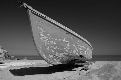 sky sea sunset boat beach old sand fujix70