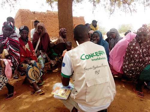 Niger: on the road to a cash transfer site | by EU Civil Protection and Humanitarian Aid Operation