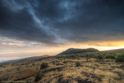 autumn sunset italy landscape volcano cloudy sicily nicolosi etnasud