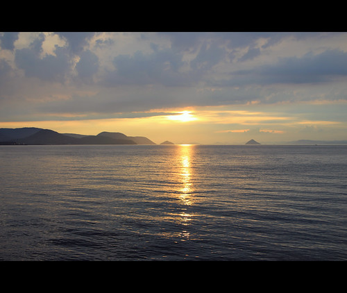sea summer sky sun sol water japan clouds landscape islands twilight asia horizon paisaje cielo shikoku takamatsu 日本 kagawa horizonte anochecer nakai 2014 japón japonia 櫓 setto 香川県 kagawaken 矢倉 高松城 高松市 takamatsushi 玉藻城