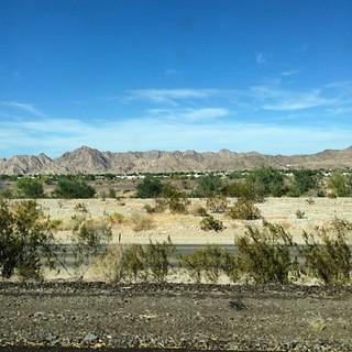 Yuma AZ, just shy of the California line. 96 degrees. #airstream #airstreamdc2cali #arizona