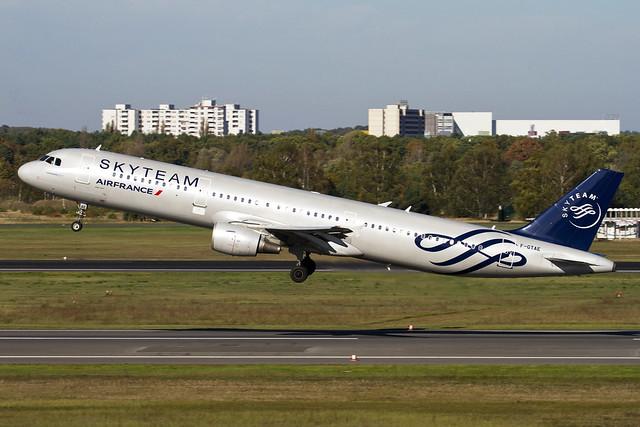 Air France Airbus A321-211 F-GTAE  MSN 796 (Skyteam c/s)