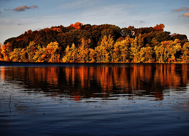 Fresh Pond Color - a photo on Flickriver