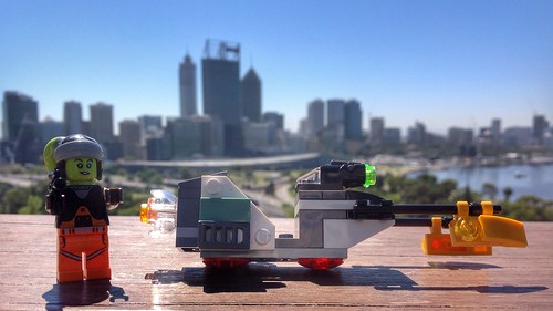 Hera Syndulla and the skyline of Perth