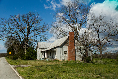 canon 6d 24105mmefl lens townvillesc oconee county south carolina country roads rural vanishing vintage southern america landscape abandoned home southernlife