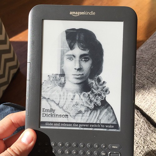24 hours before my new Kindle Voyage is due to arrive, I turn on the old faithful Kindle and its screen is dead. | by Matt Biddulph