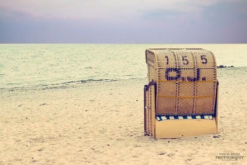 An minimalist beach chair | by diablopb