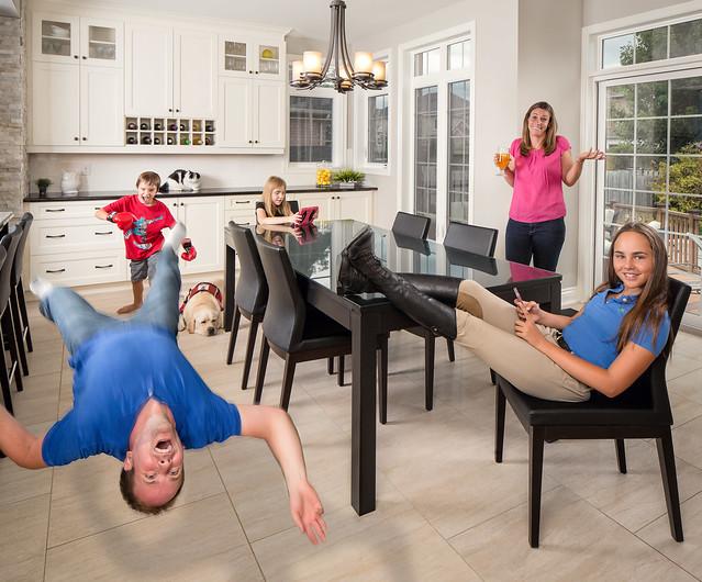 Extreme Family - Buitenhuis Family Photo