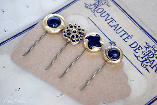 Vintage button upcycling hair pins
