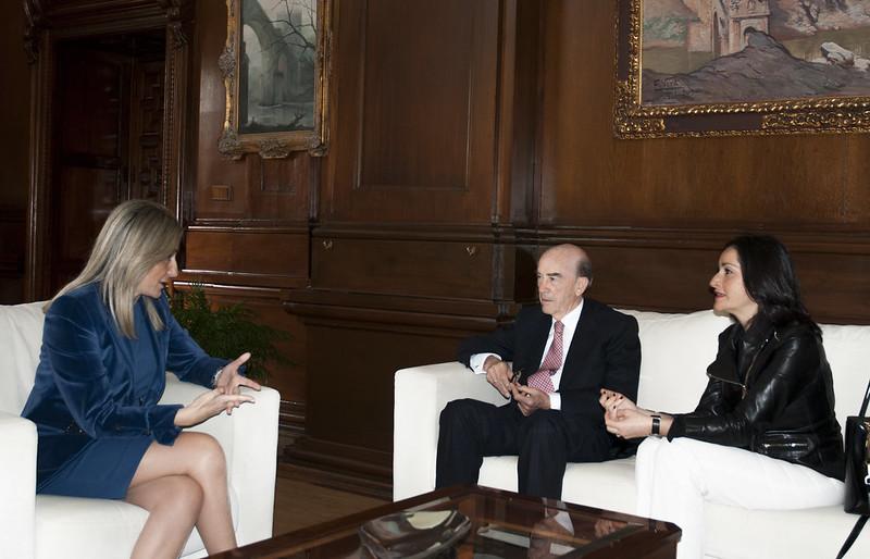 Visita institucional Alcaldesa de Toledo