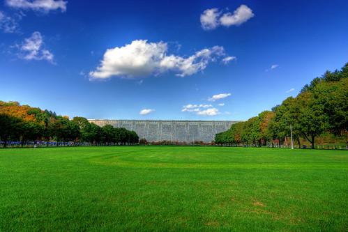 trees sky cloud ny newyork water grass clouds nikon dam newyorkstate valhalla westchester westchestercounty armonk kensicodam d7100 westchestercountynewyork northwhiteplains nikond7100 greatstateofnewyork