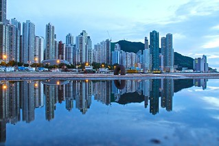 water front of Kennedy Town,  Hong Kong 香港 堅尼地城 | by james j8246