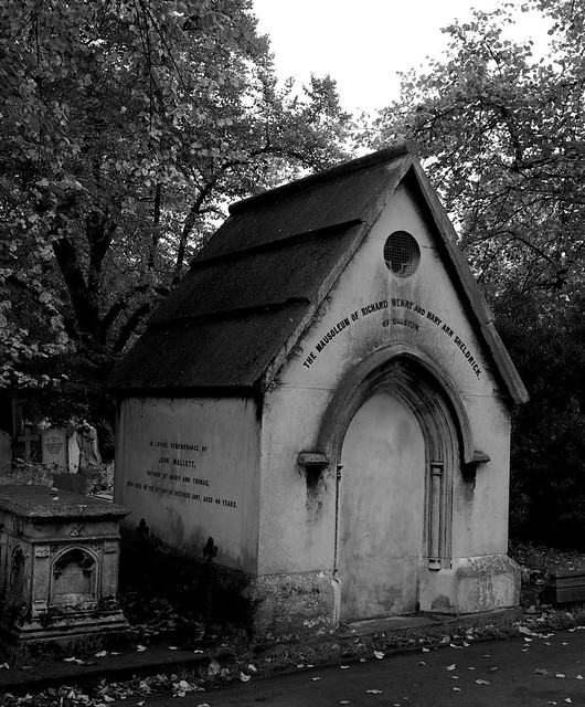 The mausoleum of Richard Henry and Mary Ann Sheldrick of Dalston