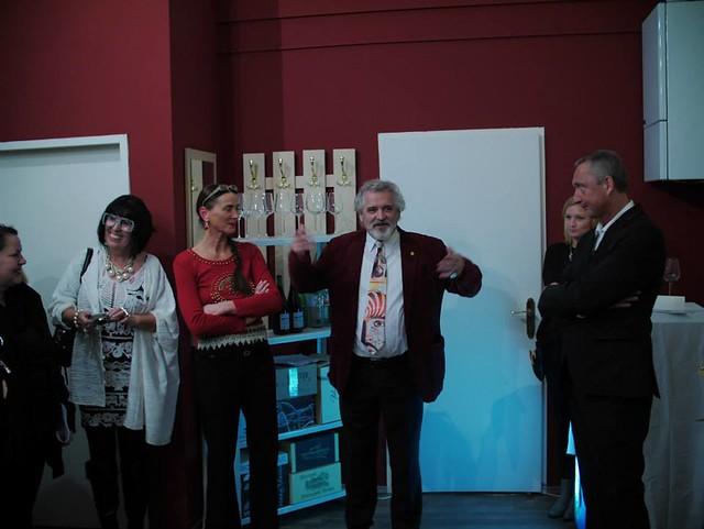 MENSCHENBILDER bei OTTO RAPP'S Ausstellung im WINEHOUSE