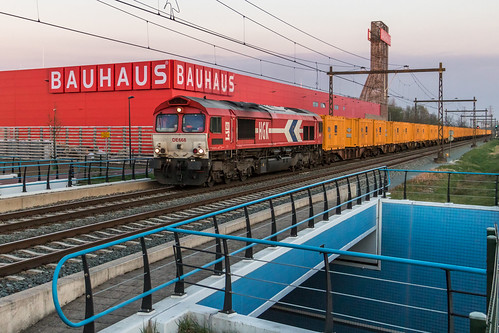 Rheincargo DE668 met Bauer-trein, Hengelo | by Dennis te D