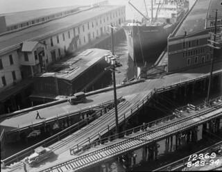 Railroad Avenue, 1934