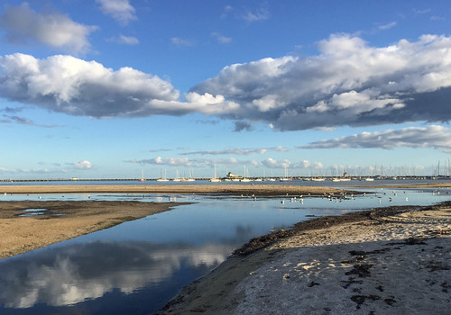 australia victoria melbourne stkilda clouds reflections seagulls beach portphilipbay cloud