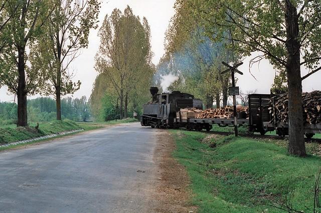 Loco 764 412  CFF Tismana, Romania  1991