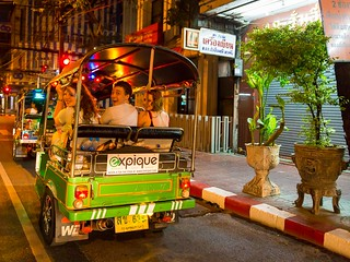 tuk tuk tour | by ExpiqueTravel