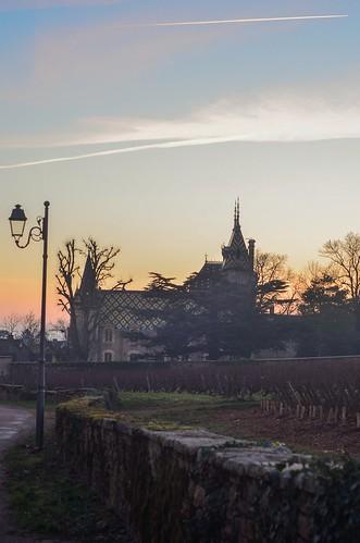 aloxecorton sunset winter hiver bourgogne burgundy vigne vineyard picture photography ciel sky dusk chateau castel paysage french france