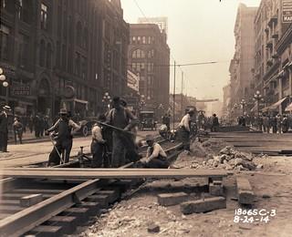Repaving work at 2nd and Columbia, 1914