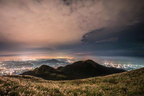 taiwan taipei datunmountain yangmingshan yangmingshannationalpark cloud sunset miscanthus 台灣 台北市 大屯山 陽明山國家公園 芒草 芒花